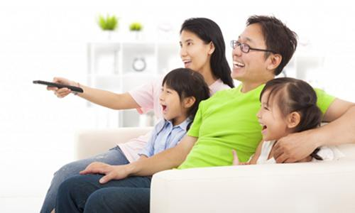 Family TV Viewing and SMS Texting Could Help Cut Internet Energy Use