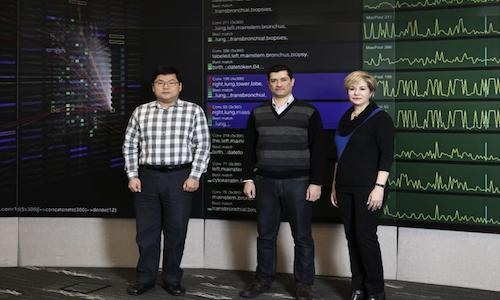 ORNL researchers Hong-Jun Yoon, Mohammed Alawad and Gina Tourassi