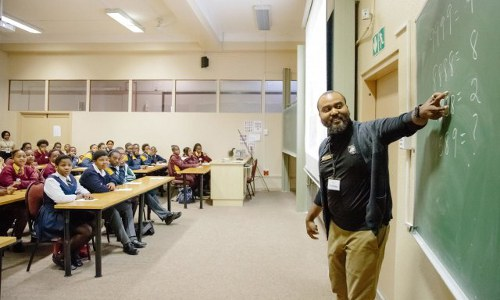 U.S. Military Academy professor lectures South African student