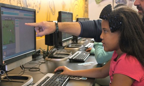 A student using Minecraft coding tutorial