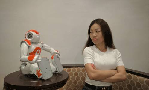 Women and Robots, 'There's Just No Trust'