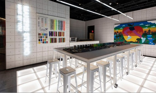 Nike store sneaker customization lab