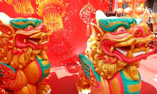 China lion statues