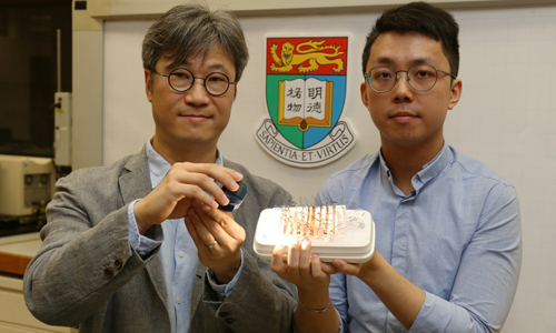 Professor Alfonso Ngan and Dr Kwan Kin-wa introduce the new actuating material powered by light